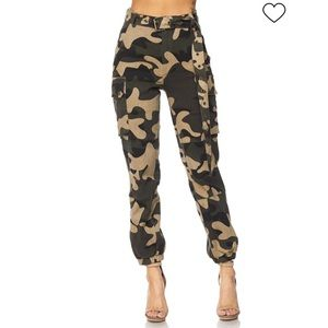 Pants - Camo Army Joggers